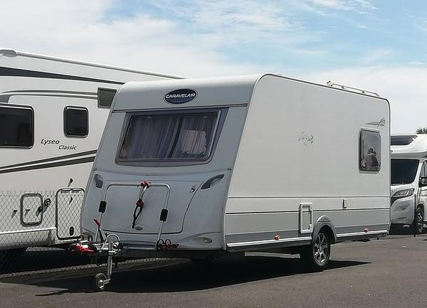 location_pro_caravane_campingcar_ypocamp
