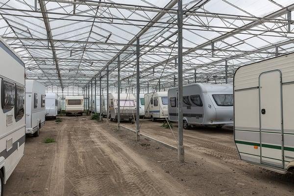 stockage_hivernage_camping-car_caravane